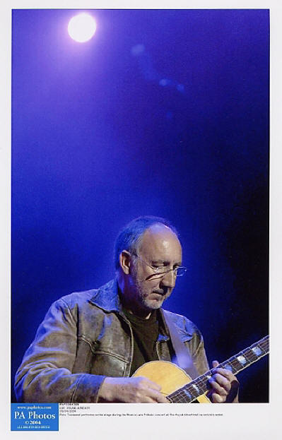 Pete Townshend - The Ronnie Lane Memorial Concert - 2004